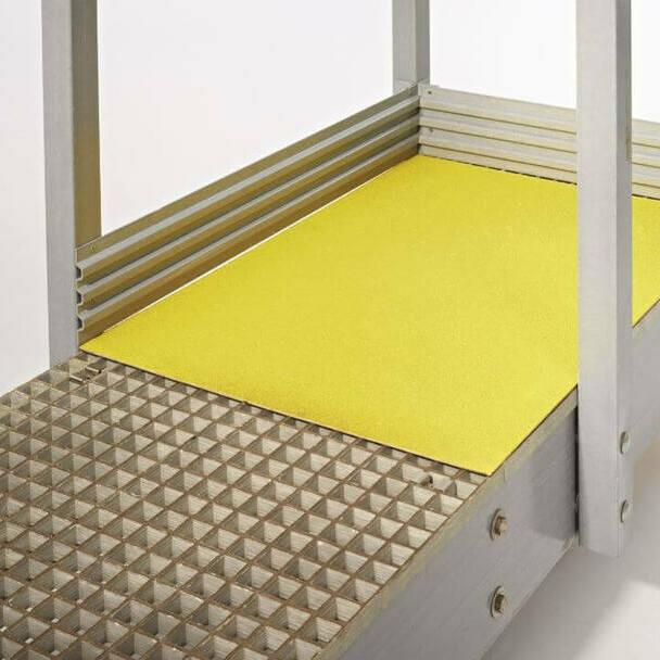 plaque_sol_antiderapant_jaune